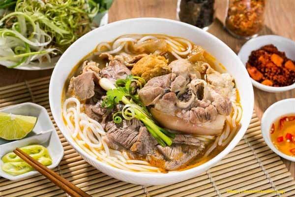 Bún bò Huế Nha Trang