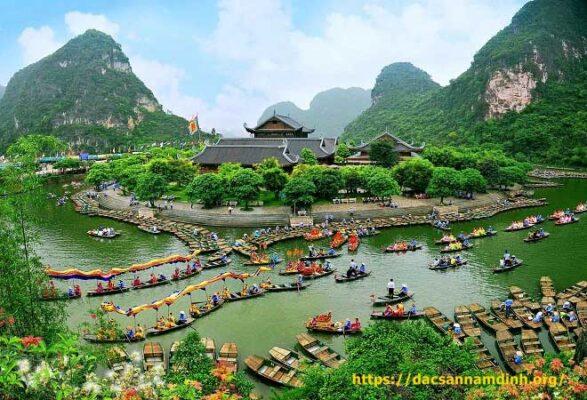 Khám phá Ninh Bình non nước hữu tình