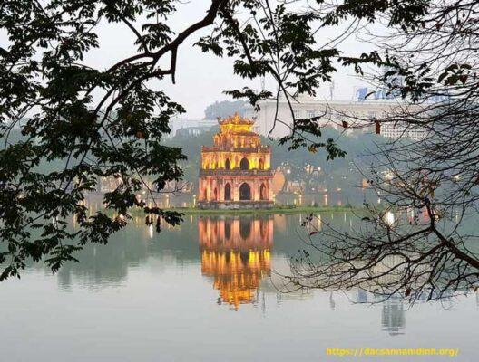 Thăm thủ đô Hà Nội ngày đông