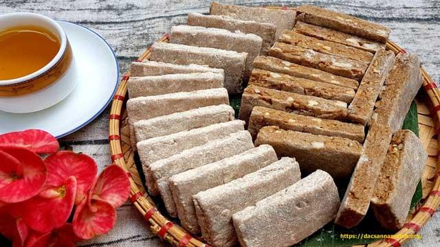 Đặc sản Hà Nội để làm quà - Bánh chè lam xứ Đoài