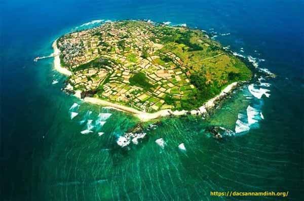 Tháng 3 du lịch ở đâu ? Đảo Lý Sơn, Quảng Ngãi