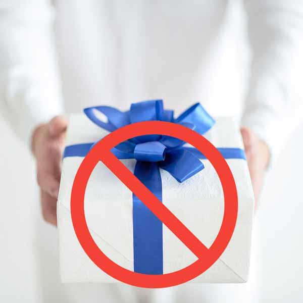 6 đồ vật tuyệt đối không dùng quà tặng phong thủy