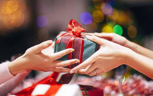 Điều cần lưu ý để chọn được món quà mừng tân gia phù hợp, ý nghĩa